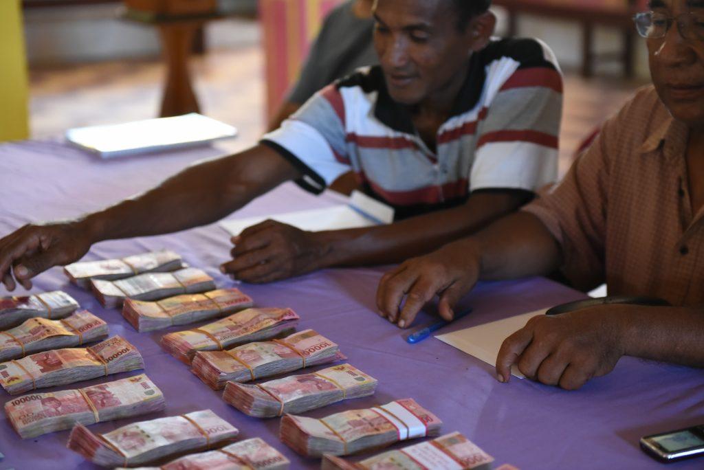 Hitung Uang